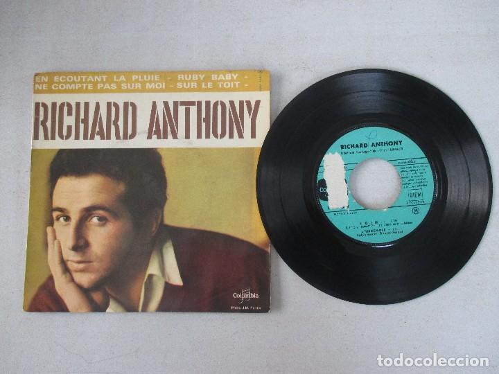Discos de vinilo: Richard Anthony En écoutant la pluie + 3 COLUMBIA EDICIÓN FRANCESA - Foto 3 - 128740055