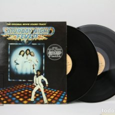 Discos de vinilo: DOBLE DISCO LP DE VINILO - SATURDAY NIGHT FEVER / THE ORIGINAL SOUND TRACK - CON ENCARTE - RSO, 1977. Lote 128887350