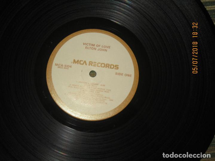 Discos de vinilo: ELTON JOHN - VICTIM OF LOVE LP - ORIGINAL U.S.A. - MCA RECORDS 1979 CON FUNDA INT. ORIGINAL - Foto 13 - 128961355
