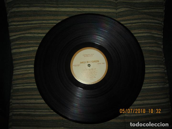 Discos de vinilo: ELTON JOHN - VICTIM OF LOVE LP - ORIGINAL U.S.A. - MCA RECORDS 1979 CON FUNDA INT. ORIGINAL - Foto 16 - 128961355