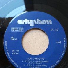 Discos de vinilo: LOS JUNIOR'S- FIESTA +3- EP ARTYPHON 1976. Lote 129597159