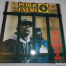Discos de vinilo: PUBLIC ENEMY - IT TAKES A NATION OF MILLIONS TO HOLD US BACK (SPAIN 1988). Lote 130515262