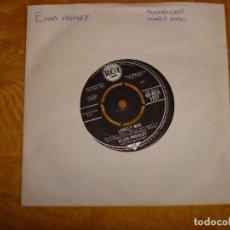 Discos de vinilo: ELVIS PRESLEY WITH THE JORDANAIRES. SURRENDER / LONELY MAN. RCA, 1961. EDICION INGLESA. Lote 130917180