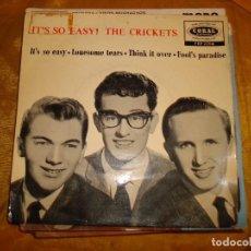 Discos de vinilo: THE CRICKETS. IT´S SO EASY¡ EP. CORAL, EDICION INGLESA. IMPECABLE. Lote 130996152