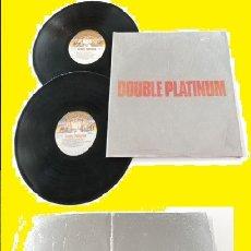 Discos de vinilo: KISS / DOUBLE PLATINUM 78 - DOBLE LP / CARPETA PLATEADA + RELIVES, USA EDIT CASABLANCA, IMPECABLE !. Lote 131874694