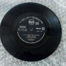 Discos de vinilo: ELVIS PRESLEY – IT'S NOW OR NEVER / A MESS OF BLUES - RCA – 32020 - 1960. Lote 131936046