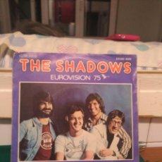 Discos de vinilo: THE SHADOWS. LET ME BE THE ONE, EMI 1975. Lote 132037878