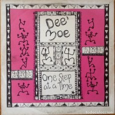 Discos de vinilo: DEE MOE : ONE STEP AT A TIME [UK 1990] 12'. Lote 55224043