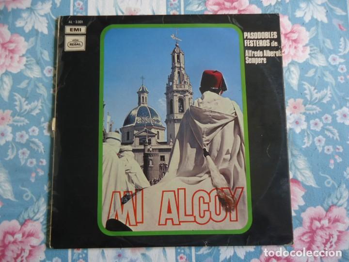 DISCO DE VINILO MI ALCOY PASODOBLES FESTEROS DE ALFREDO ALBEROLA SEMPERE 1970 (Música - Discos - LP Vinilo - Orquestas)