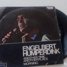 Discos de vinilo: SINGLE (VINILO) DE ENGELBERT HUMPERDINK AÑOS 70. Lote 133236774