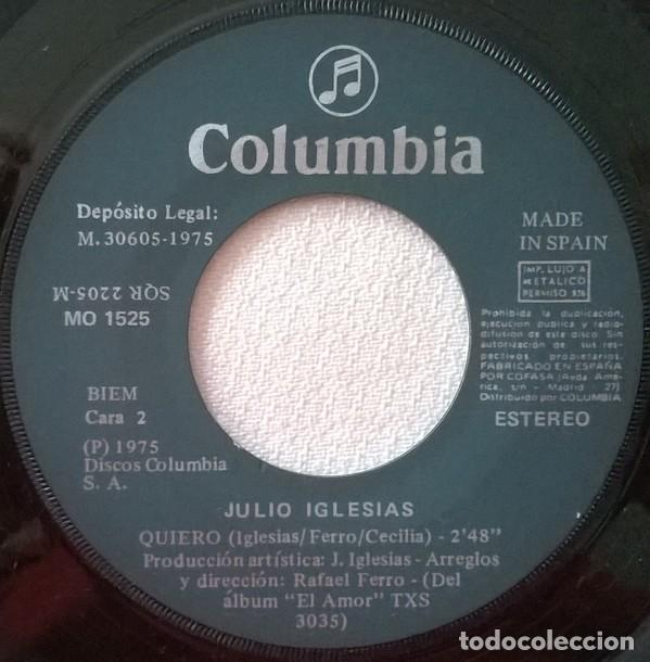 Discos de vinilo: Julio Iglesias – Abrázame / Quiero (España, 1975) - Foto 4 - 133356646