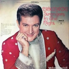Discos de vinilo: LIBERACE – STRANGERS IN THE NIGHT (USA, SIN FECHA). Lote 133668462