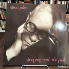 Discos de vinilo: SLEEPING WITH THE PAST. ELTON JOHN LP 1989. Lote 133750682