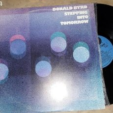 Discos de vinilo: DONALD BYRD STEPPING INTO TOMORROW. Lote 133758470