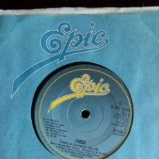 Discos de vinilo: ABBA - TAKE A CHANCE ON ME_ EDICIÓN INGLESA UK. Lote 134086814