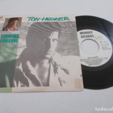 Disques de vinyle: TOM HOOKER. LOOKING FOR LOVE.. Lote 134205070