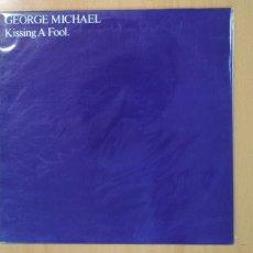 Discos de vinilo: GEORGE MICHAEL - KISSING A FOOL - MAXI. Lote 134310958