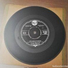 Discos de vinilo: ELVIS PRESLEY IT'S NOW OR NEVER SINGLE. Lote 134557850
