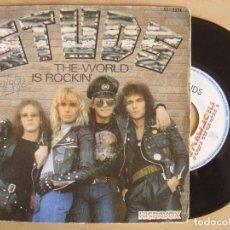 Discos de vinilo: STUDS - THE WORLD IS ROCKIN + TAKE ME HOME - SINGLE 1981 - HISPAVOX. Lote 135324218
