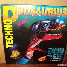 Discos de vinilo: TECHNO DINOSAURIUS - DOBLE LP DIFERENTES DJS CARPETA ABIERTA. Lote 135921710