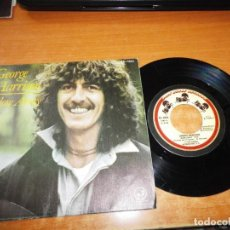 Discos de vinilo: GEORGE HARRISON BLOW AWAY / SOFT-HEARTED HANA SINGLE VINILO 1979 ESPAÑA PESTAÑA THE BEATLES 2 TEMAS. Lote 136303354
