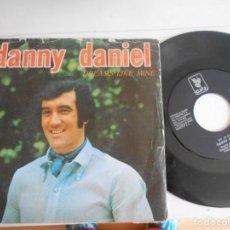 Discos de vinilo: DANNY DANIEL-SINGLE DREAMS LIKE MINE. Lote 136384798