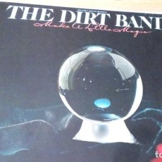 Discos de vinilo: THE DIRT BAND MAKE A LITTLE MAGIC LP INSERTO. Lote 136413574