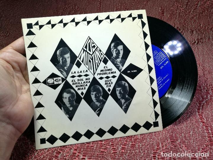 LOS MUSTANG EP EMI REGAL 1966 LA LA LA/ EL SOL NO BRILLARA/ EL MISMO PROBLEMA/ QUE MAS DA (Música - Discos de Vinilo - EPs - Grupos Españoles 50 y 60)