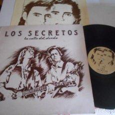 Discos de vinilo: LOS SECRETOS-LP LA CALLE DEL OVIDO-ENCARTE LETRAS. Lote 136851430