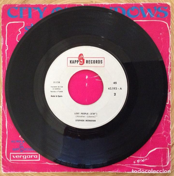 Discos de vinilo: STEPHEN MONAHAN CITY OF WINDOWNS EDIC ESPAÑA KAPP AÑO 1967 - Foto 3 - 137380022