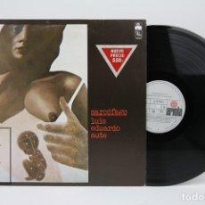 Discos de vinilo: DISCO LP DE VINILO - LUIS EDUARDO AUTE / SARCÓFAGO - ARIOLA - AÑO 1977 - ENCARTE CON LETRAS. Lote 137532105