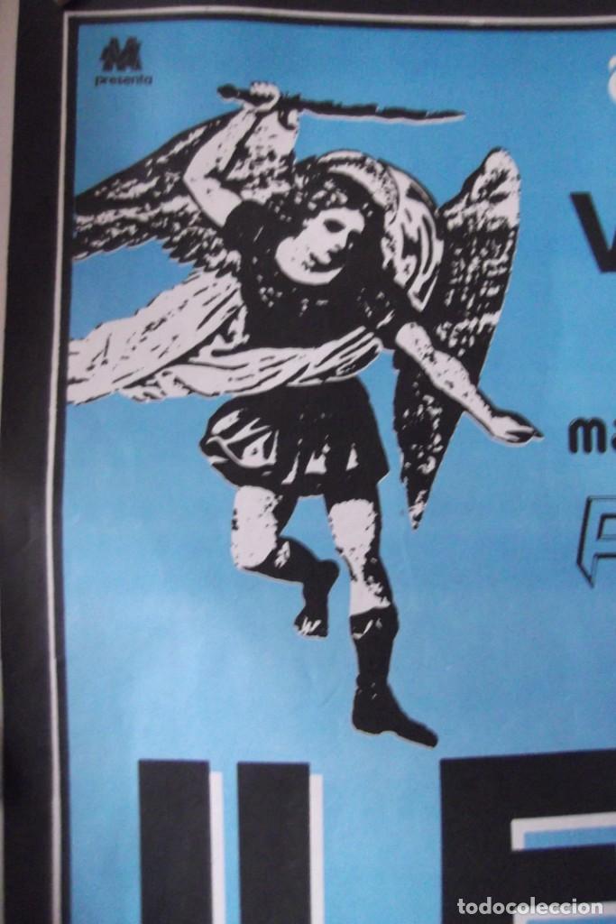 Discos de vinilo: ILEGALES-Concierto-1986-TODOS ESTAN MUERTOS-CARTEL ORIGINAL-67cm X 48cm.. - Foto 2 - 138089986