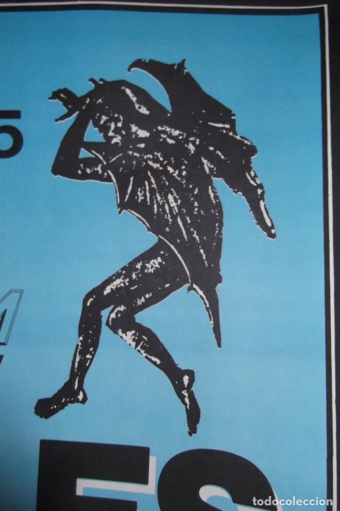 Discos de vinilo: ILEGALES-Concierto-1986-TODOS ESTAN MUERTOS-CARTEL ORIGINAL-67cm X 48cm.. - Foto 5 - 138089986