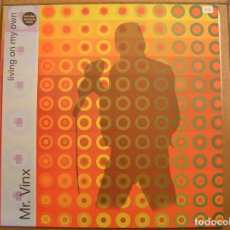 Disques de vinyle: MR. VINX ?– LIVING ON MY OWN - BLANCO Y NEGRO (2) ? 2001 - MAXI - PLS. Lote 138115134