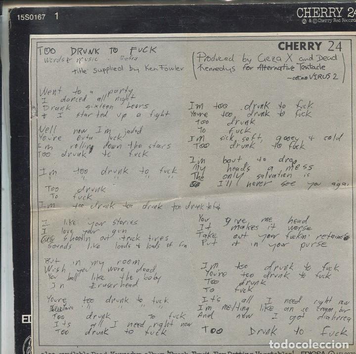 Discos de vinilo: DEAD KENNEDYS / TOO DRUNK TO FUCK / THE PREY (SINGLE ESPAÑOL 1981) CON LETRAS - Foto 2 - 139691902