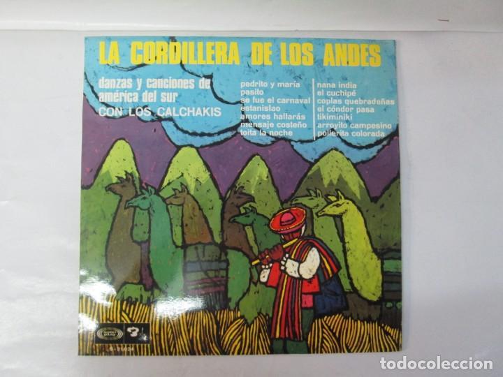 Discos de vinilo: LA CORDILLERA DE LOS ANDES. DANZAS Y CANCIONES DE AMERICA DEL SUR CON LOS CALCHAKIS. LP VINILO 1968 - Foto 2 - 139951734