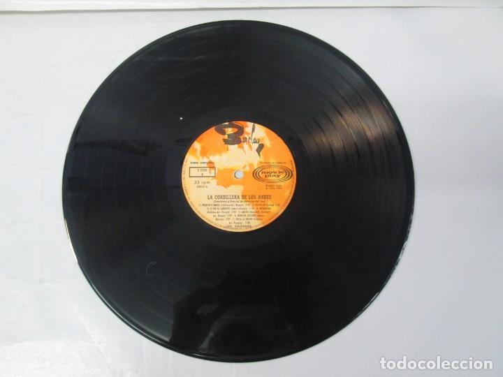 Discos de vinilo: LA CORDILLERA DE LOS ANDES. DANZAS Y CANCIONES DE AMERICA DEL SUR CON LOS CALCHAKIS. LP VINILO 1968 - Foto 5 - 139951734