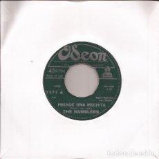 Discos de vinilo: SINGLE THE RAMBLERS PRENDE UNA MECHITA/JUGANDO AL AMOR ODEON 3373 PERU TWIST. Lote 140366114