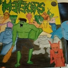Discos de vinilo: LP-THE METEORS-THE MUTANT MONKEY AND THE SURFERS FROM ZORCH-SPAIN-1989-. Lote 143132716