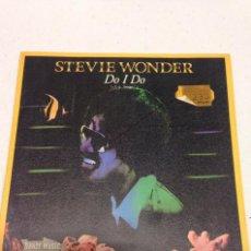 Discos de vinilo: STEVIE WONDER – DO I DO = ¿LO HAGO? . Lote 140432678