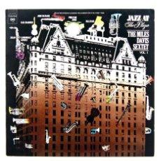 Discos de vinilo: THE MILES DAVIS SEXTET – JAZZ AT THE PLAZA VOLUME 1 (VINILO, LP). Lote 140576094