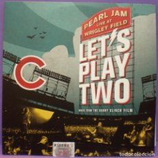Discos de vinilo: PEARL JAM LIVE AT WRIGLEY FIELD - LET'S PLAY TWO - 2XLP GATEFOLD. Lote 140874406