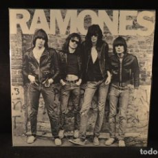 Vinyl records - RAMONES - RAMONES - LP - 141235306