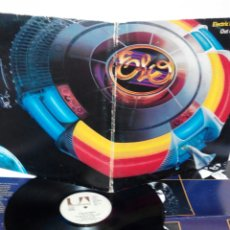 Discos de vinilo: ELECTRIC LIGHT ORCHESTRA, DOBLE LP CON PÓSTER OUT OF THE BLUE 1978. Lote 141247386