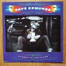 Discos de vinilo: DAVE EDMUNDS - CLOSER TO THE FLAME. Lote 142052820