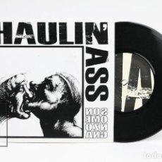 Discos de vinilo: DISCO EP DE VINILO - HAULIN'ASS / SONO MENZOGNA - HIGH VOLTAGE RECORDS -2011 - ITALIA. Lote 142156366