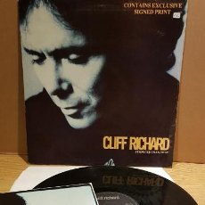 Discos de vinilo: CLIFF RICHARD / STRONGER THAN THAT / MAXI SG - EMI - 1990 / LIGERO USO. ***/***. Lote 142179822