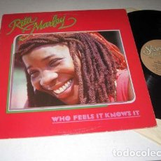 Discos de vinilo: RITA MARLEY - WHO FEELS IT KNOWS IT 1982 - 1º LP !! BOB MARLEY, REGGAE COLLECTORS, EDT USA, TODO EXC. Lote 142733590