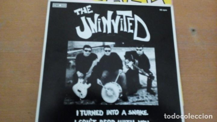THE UNINVITED I TURNED INTO A SNAKE / I CAN'T BEAR WITH YOU SINGLE (Música - Discos de Vinilo - EPs - Pop - Rock - New Wave Extranjero de los 80)