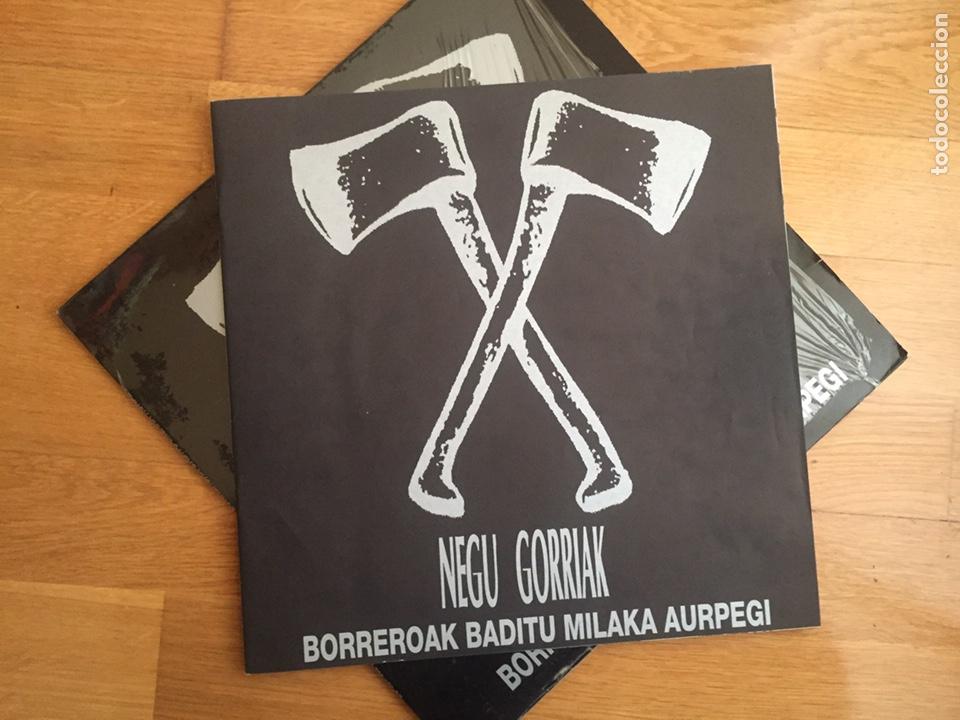 Discos de vinilo: NEGU GORRIAK: BORREROAK BADITU MILAKA AURPEGI (PRIMERA EDICIÓN) - Foto 3 - 143137585